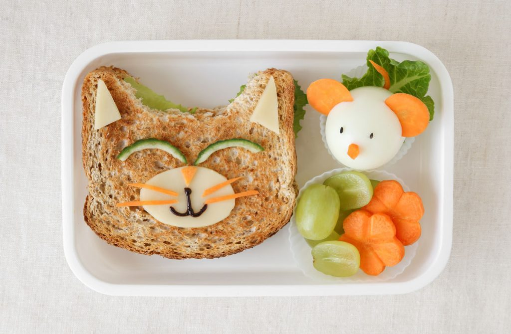 7 Tips for Tackling Healthy Lunch Prep for You & Your Kids Like a Boss